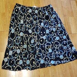 Navy circle print plus skirt sz 18/20